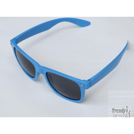 Solbrilleriblmedsorteglas-3