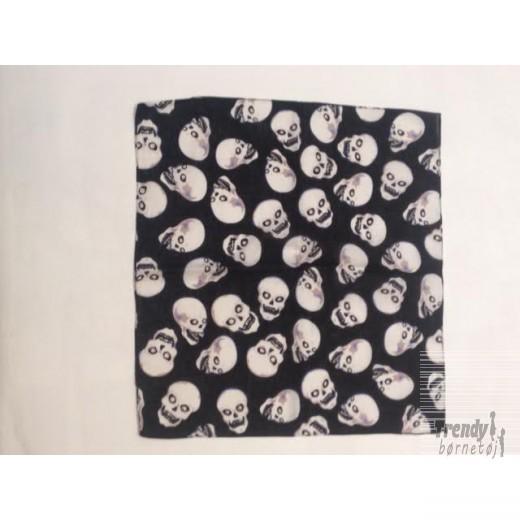skeletBandanamaskeisortmedsmddningehovedersomgriner-3