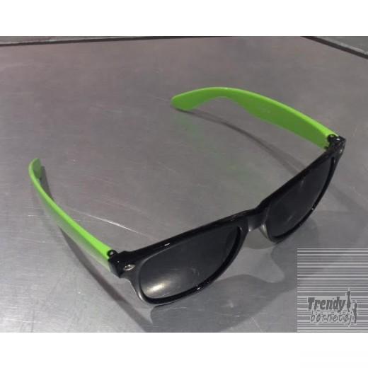 solbrillerisortmedgrntstel-3