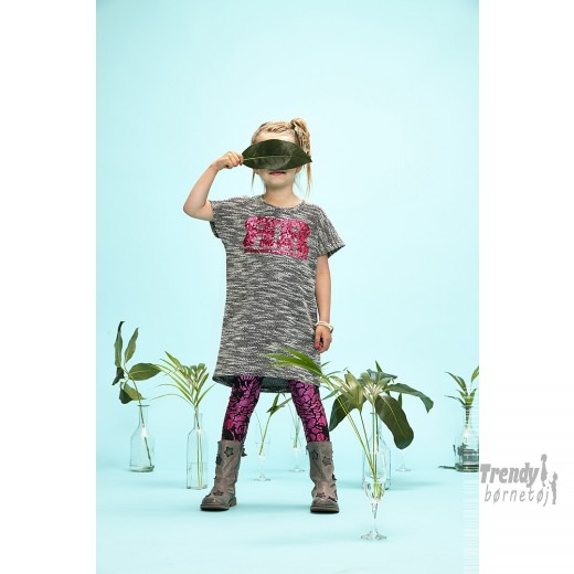 Kidsuptunikamedstrikmnsterpallietlogo-3
