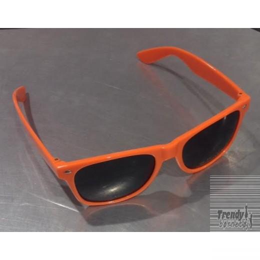solbrilleriorangemedsorteglas-3
