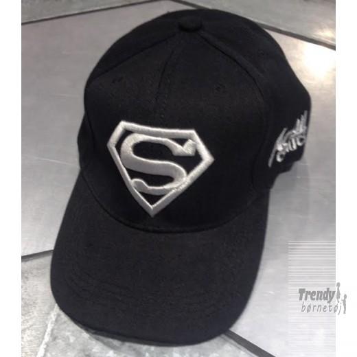 supermancapisortmedslvlogo-3