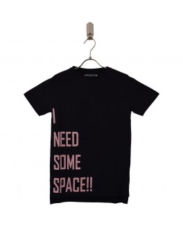 addtobad t-shirt i sort med tekst i need some space !!-20